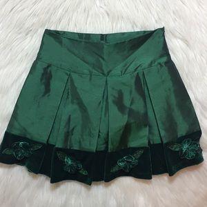 Other - Girls green silk skirt